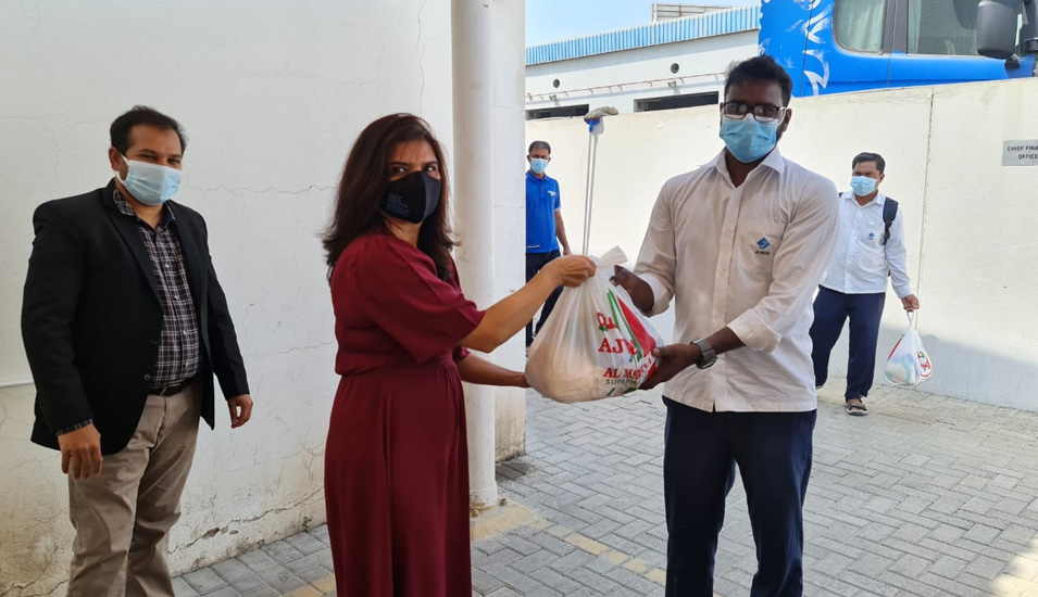 Global CIO Forum arranges dry groceries at Al Yousuf head office.