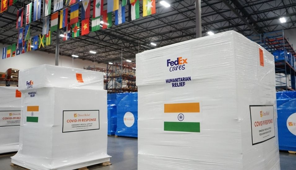 FedEx donates charter flights to move oxygen concentrators, masks shipments to India